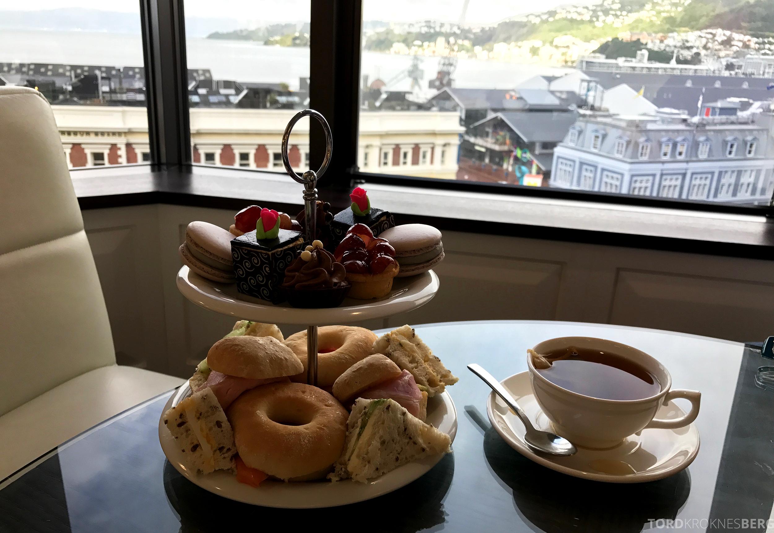 InterContinental Wellington Club Lounge afternoon tea utsikt