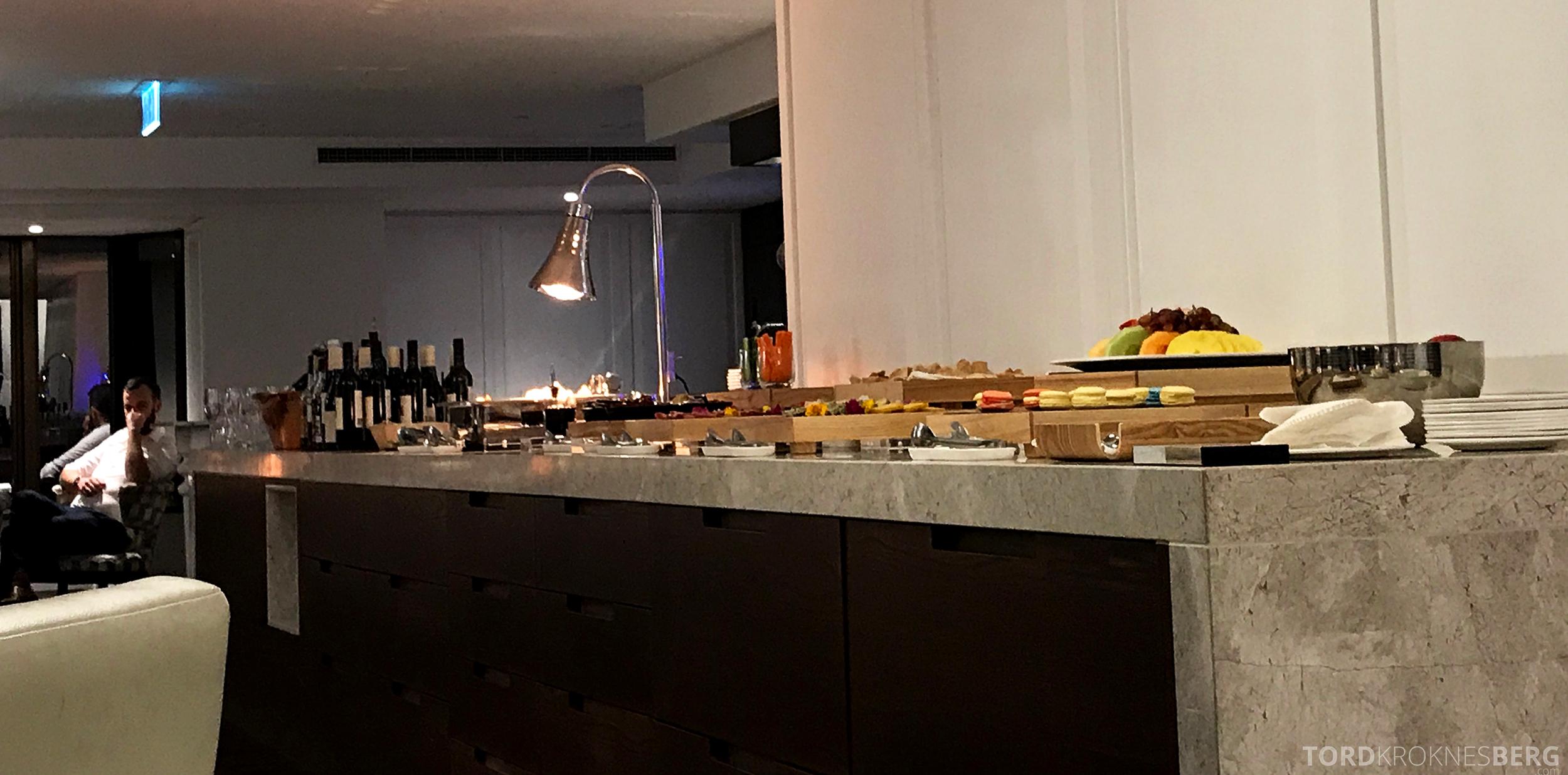 InterContinental Wellington Club Lounge hors d'oeuvre buffet