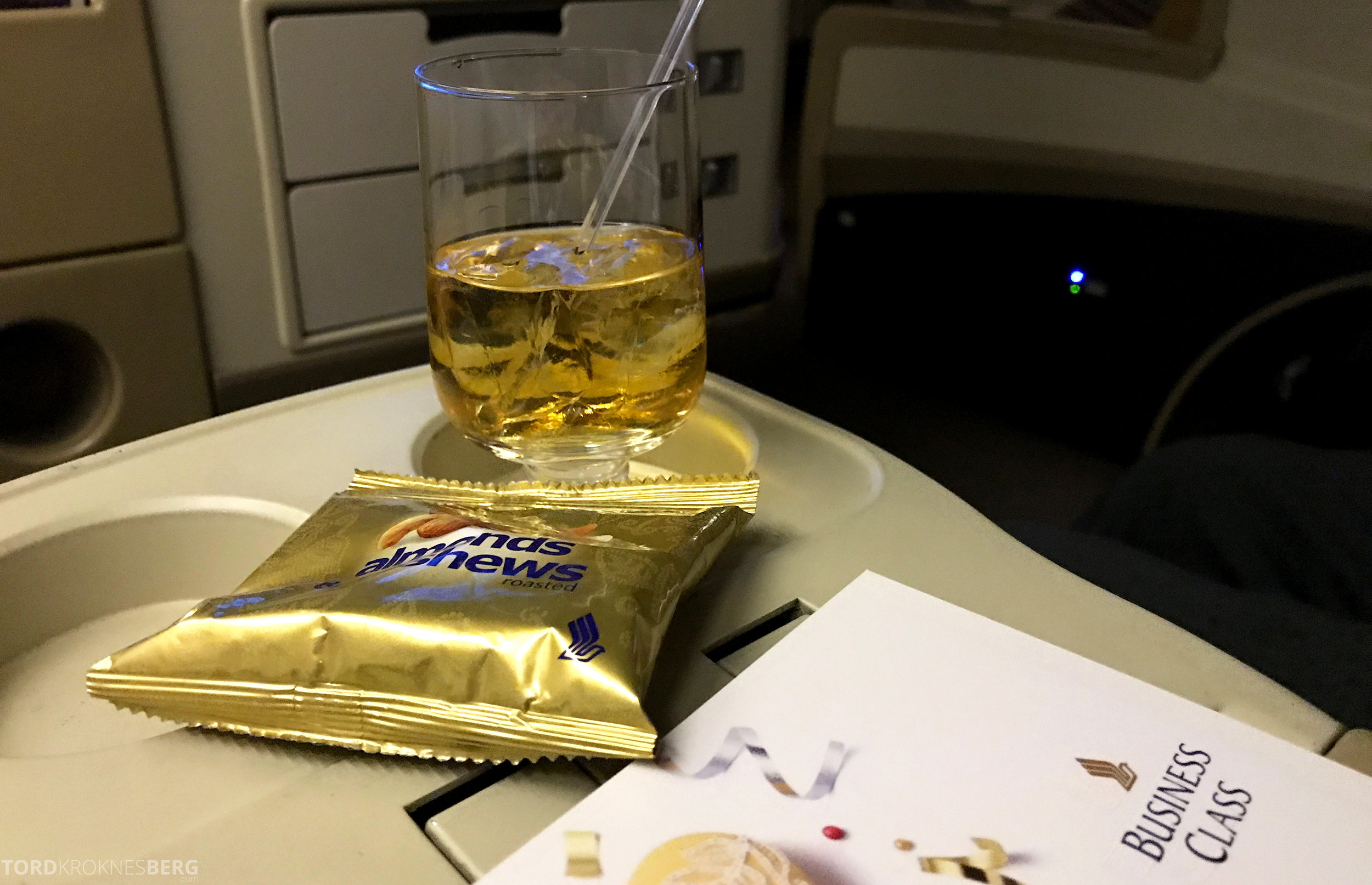 Singapore Airlines Business Class Canberra aperitiff