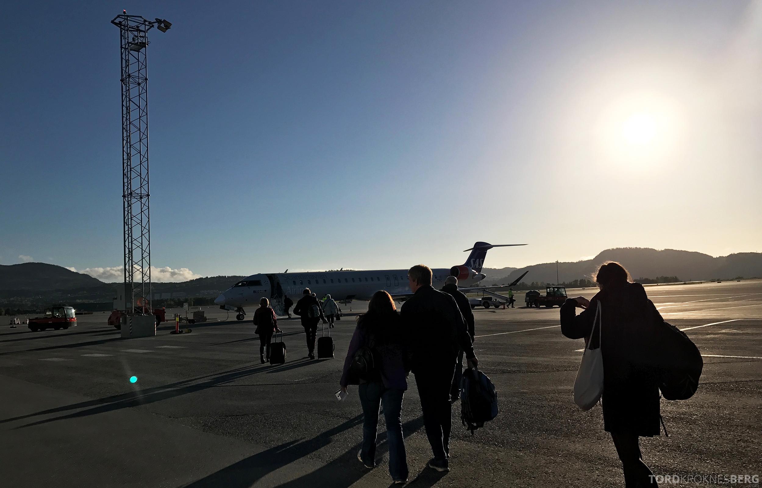 SAS Plus Trondheim Stockholm fly