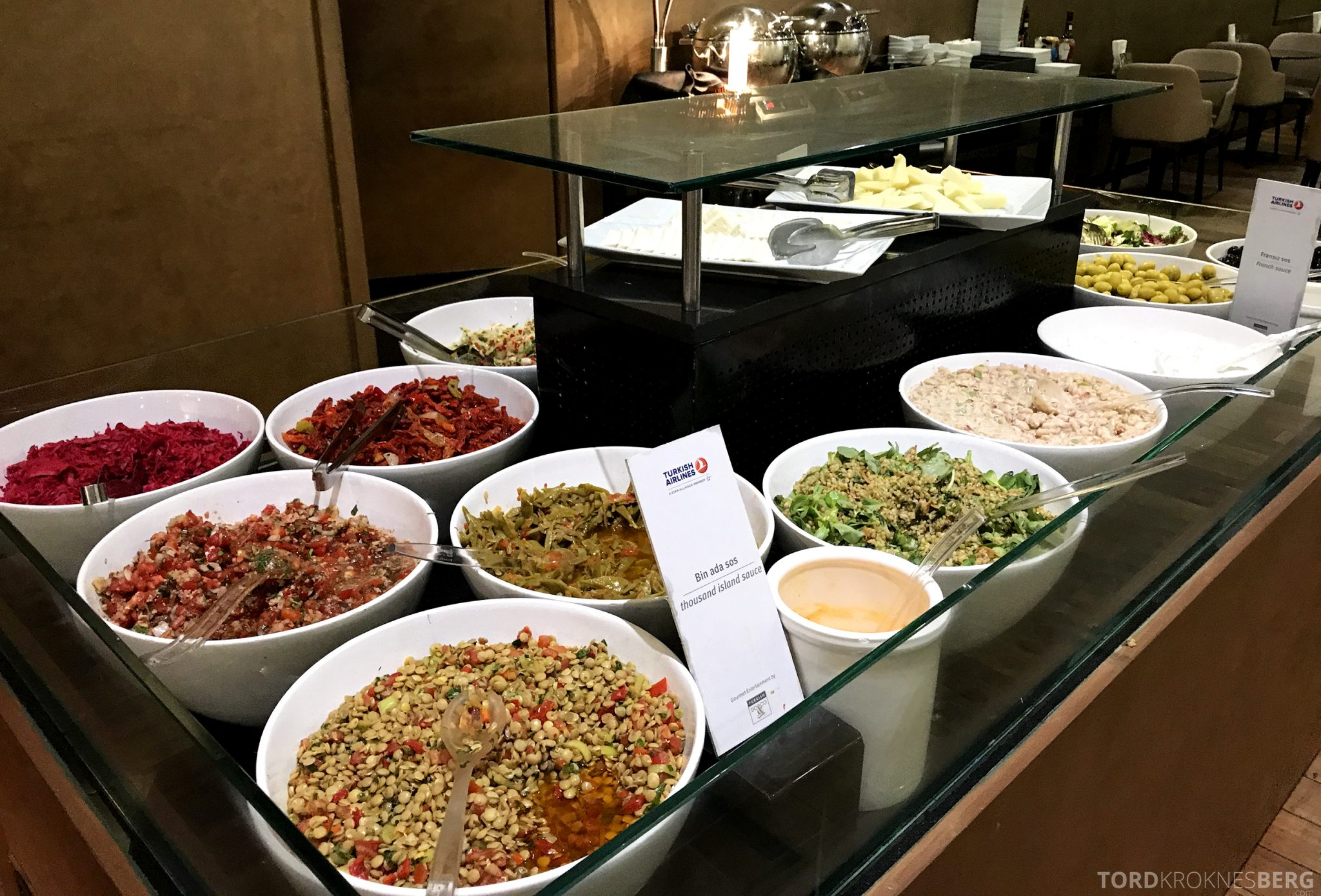 Turkish Airlines CIP Lounge Istanbul salat