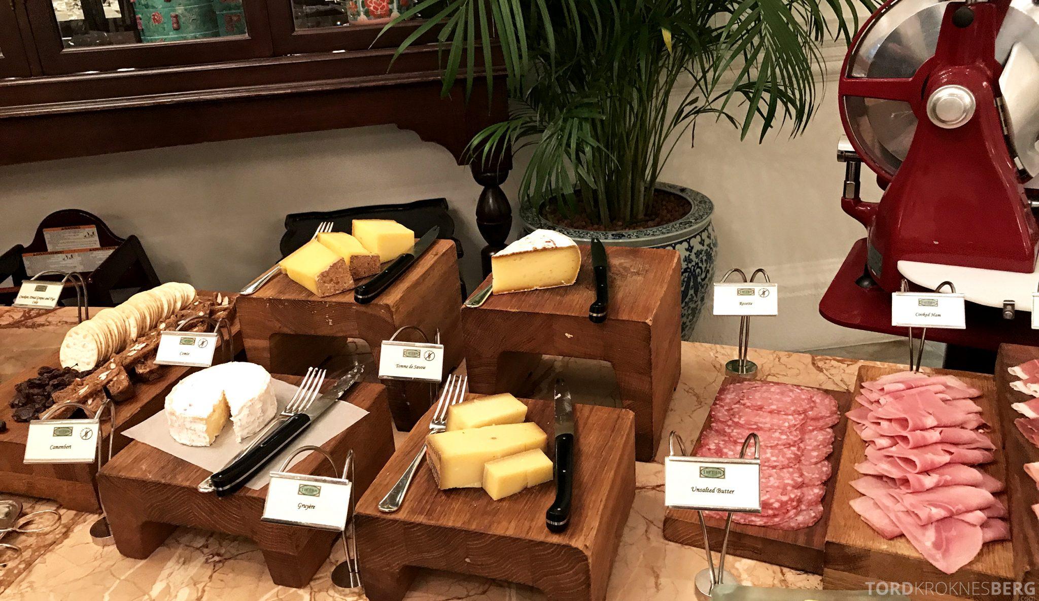 Raffles Hotel Singapore frokost pålegg