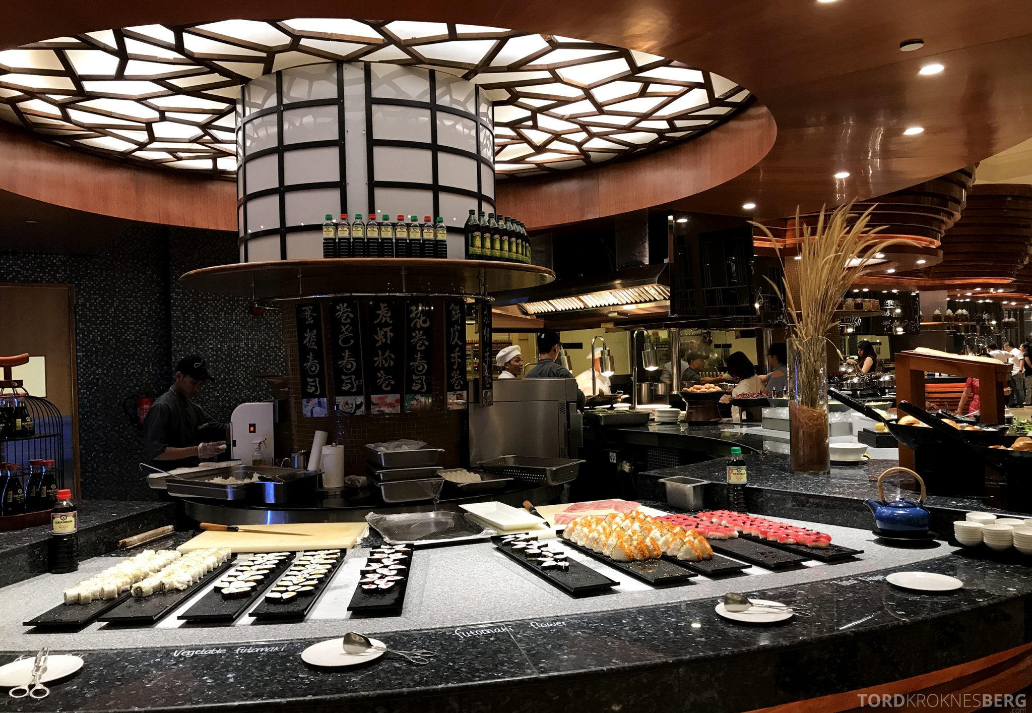 Restaurant Asia Ritz-Carlton Jakarta buffet