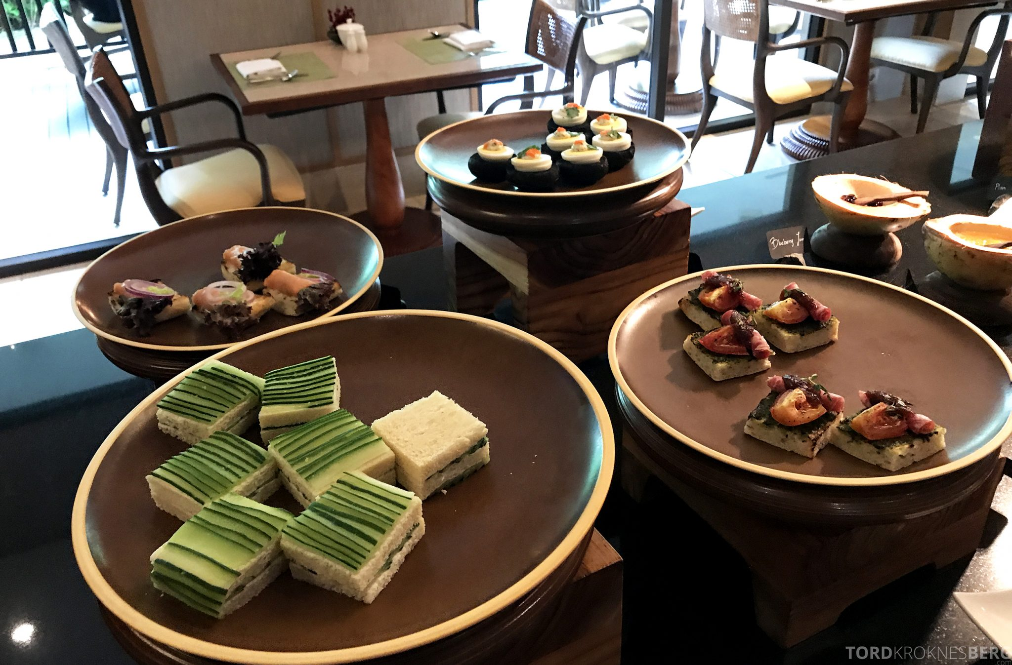 Ritz-Carlton Bali Club Lounge kaker afternoon tea