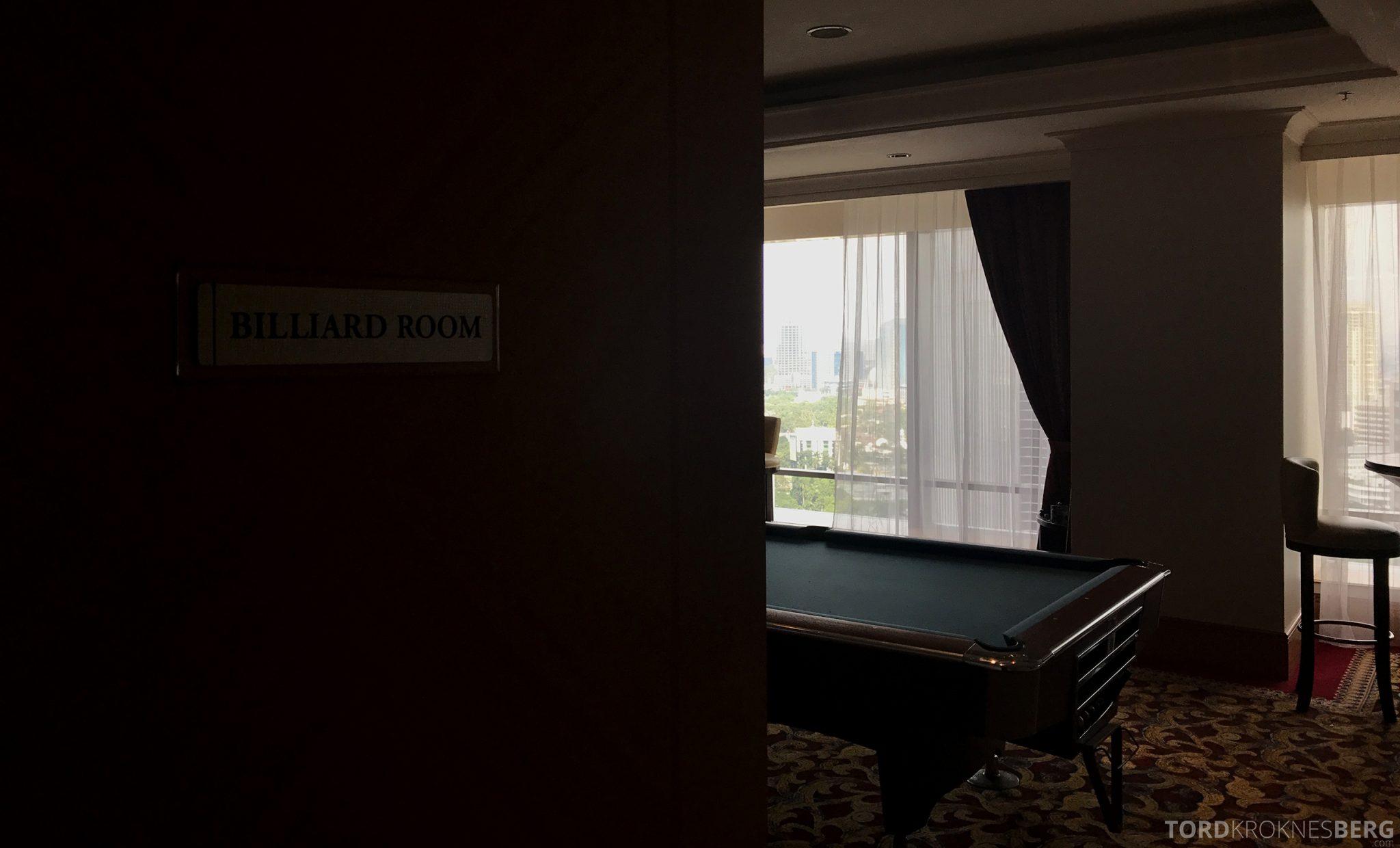 Ritz-Carlton Jakarta Club Lounge biljard