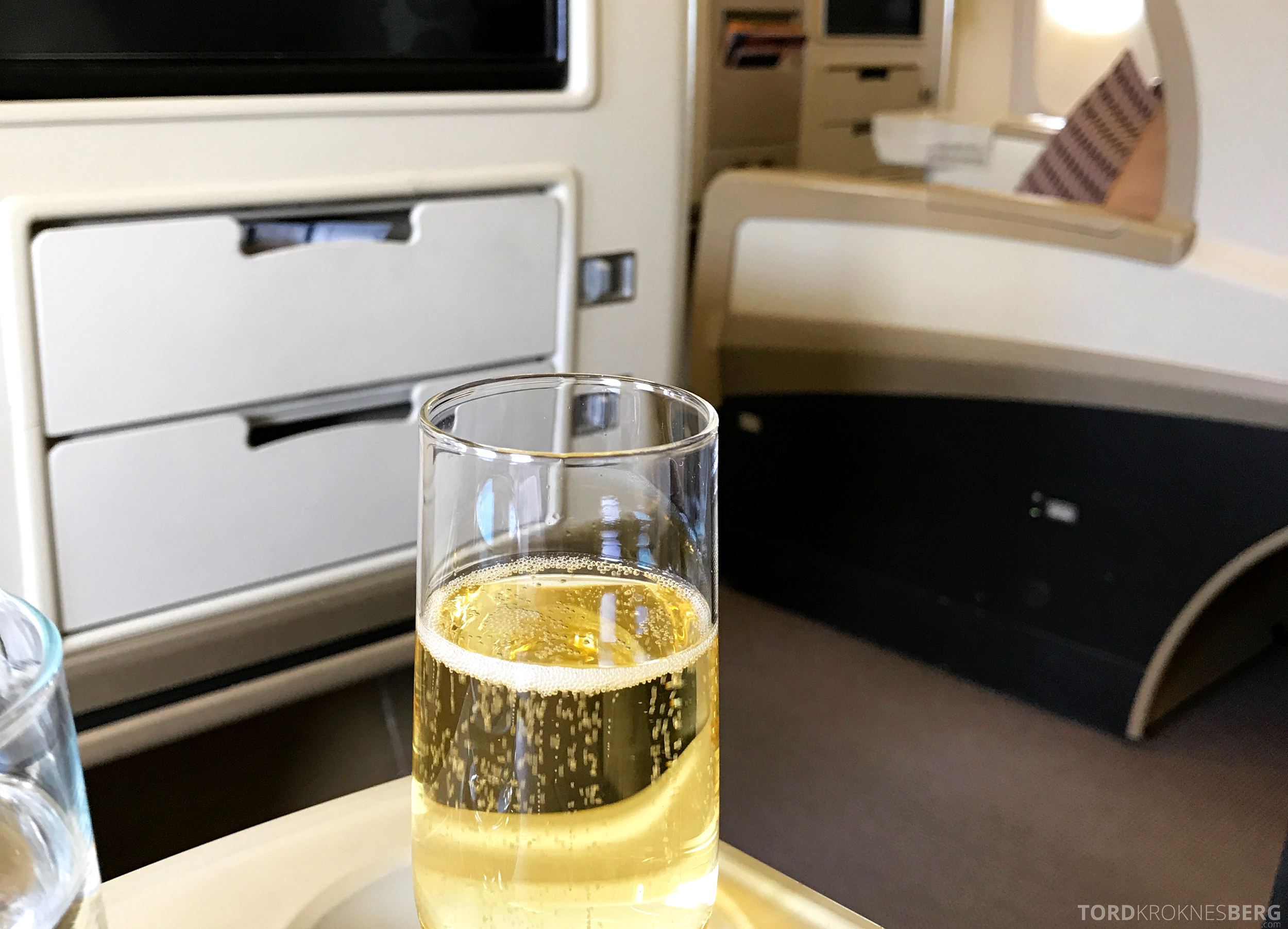 Singapore Airlines Business Class Canberra Wellington champagne