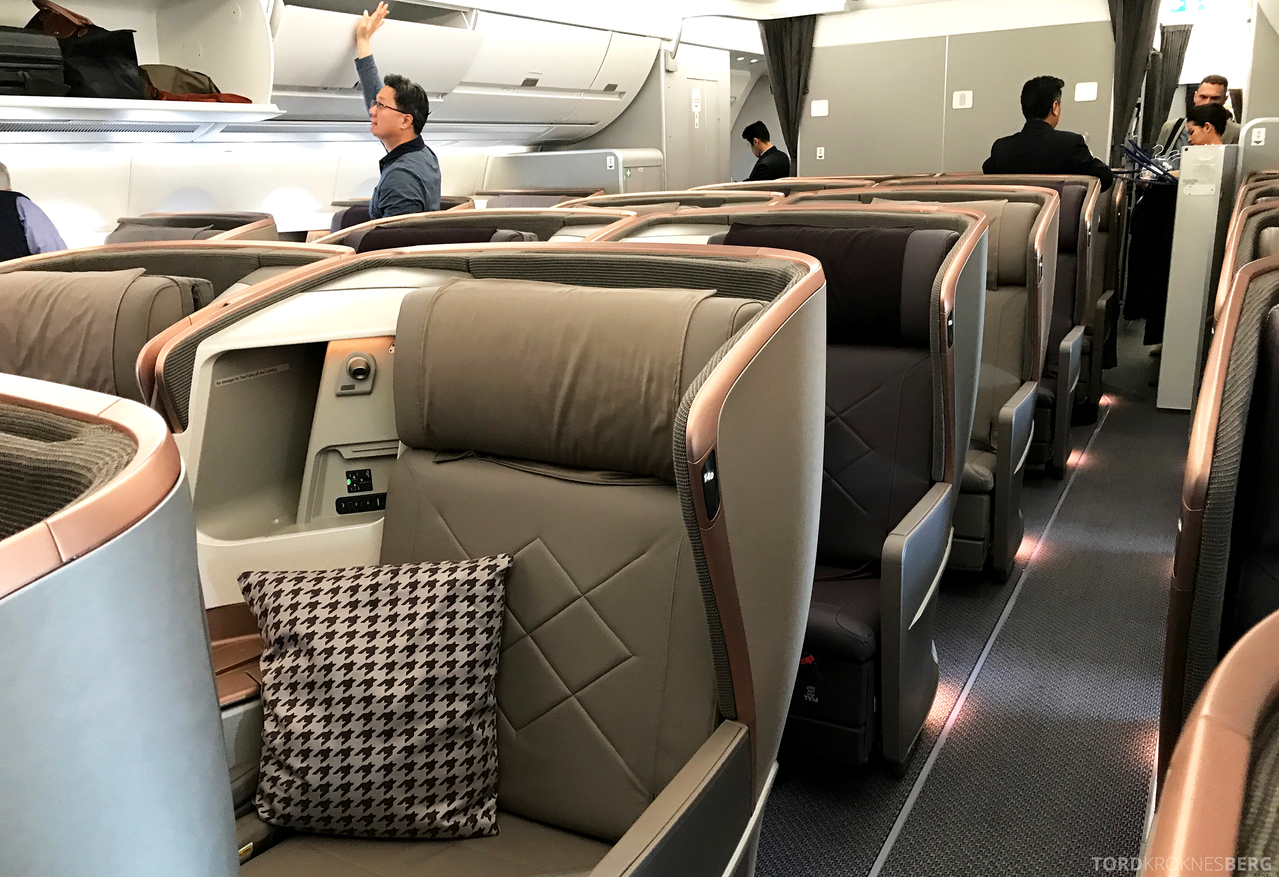 Singapore Airlines Business Class Moskva Singapore sete