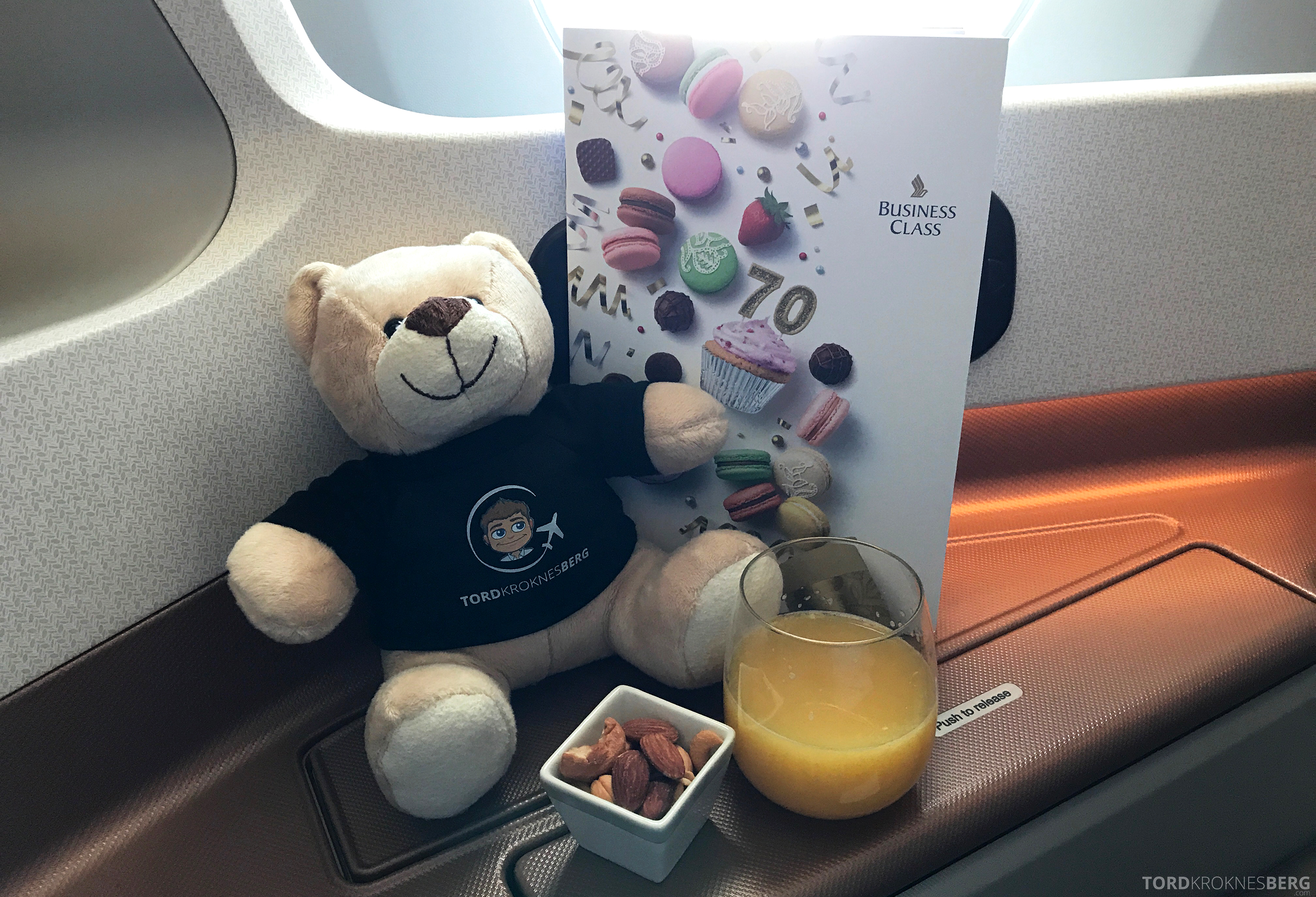Singapore Airlines Business Class Moskva Singapore aperitiff