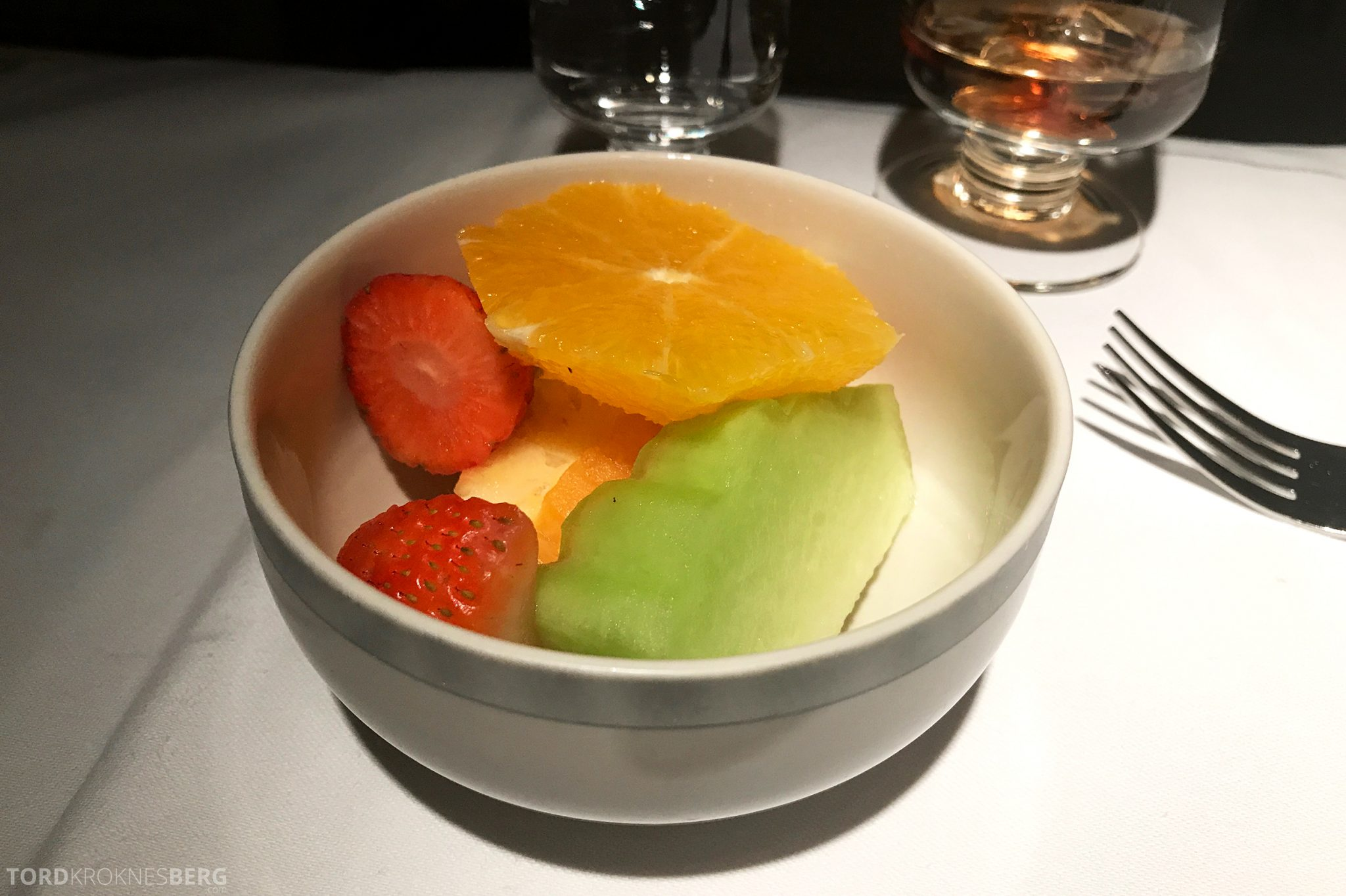 Singapore Airlines Business Class Wellington Canberra Changi frukt dessert
