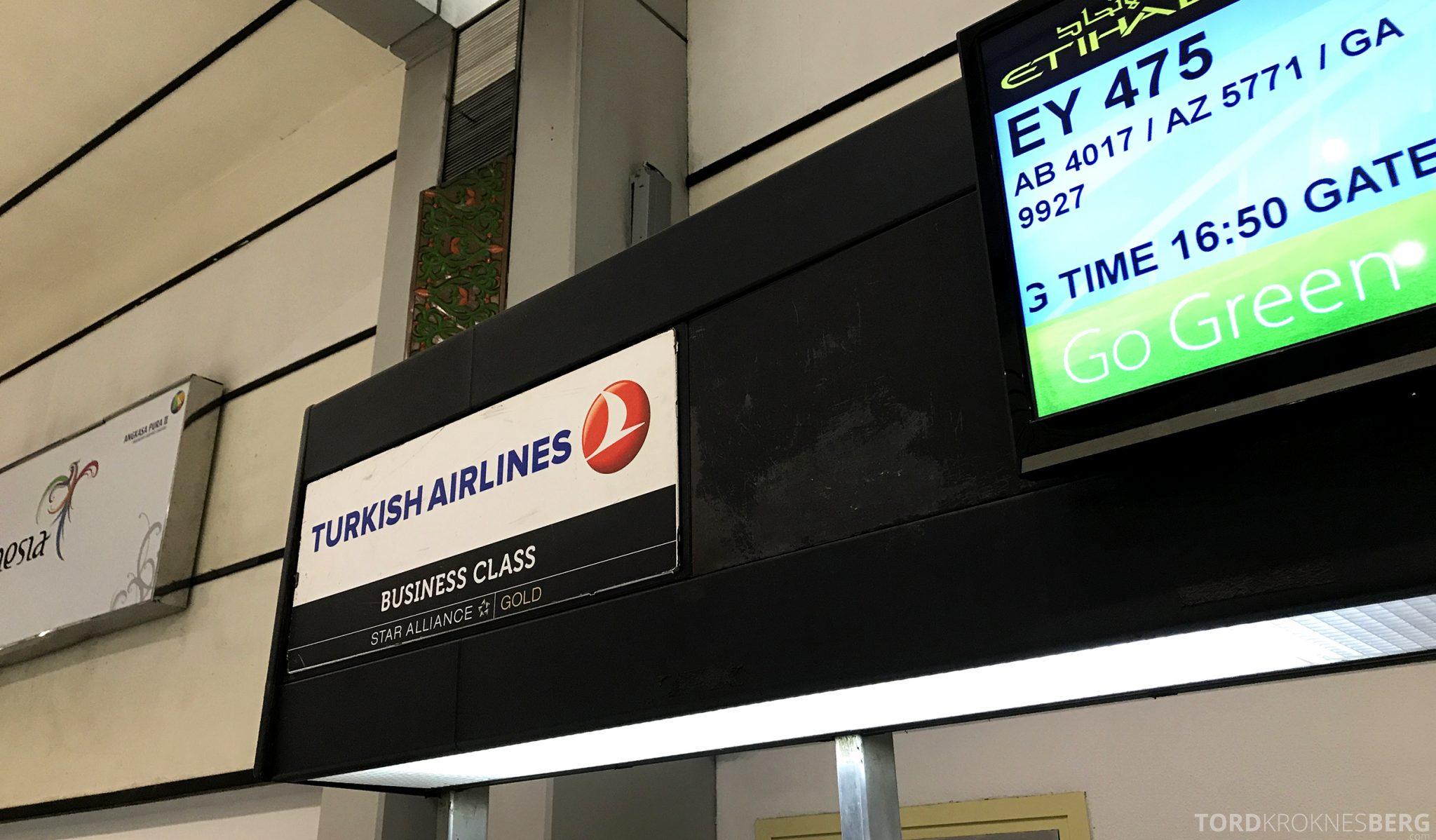 Turkish Airlines Business Class Jakarta Istanbul innsjekk