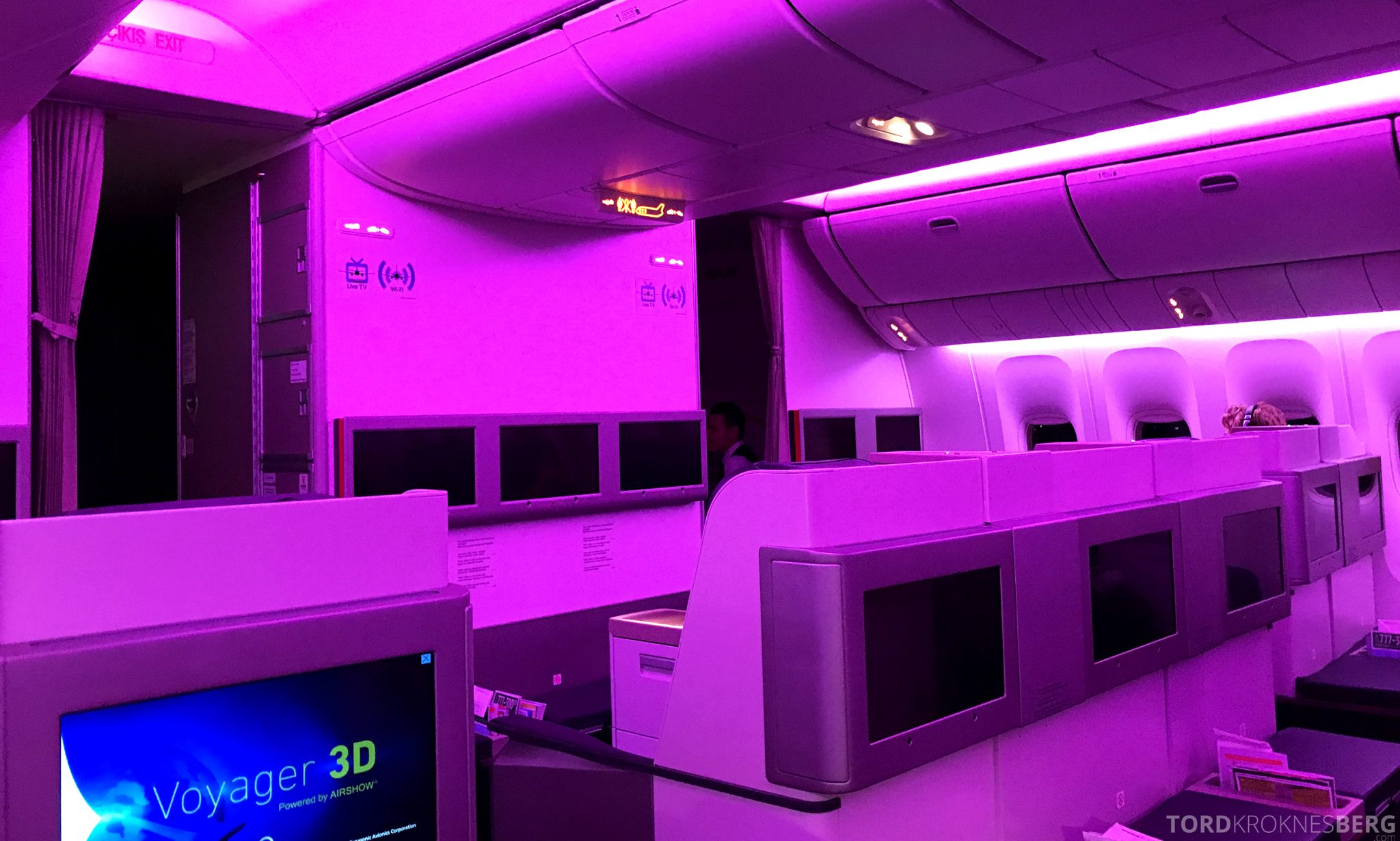 Turkish Airlines Business Class Jakarta Istanbul lys kabin