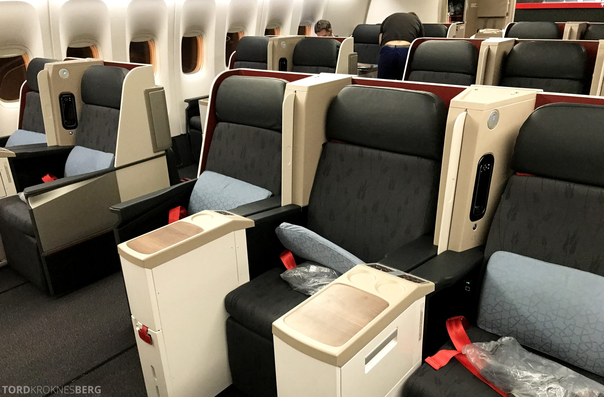 Turkish Airlines Business Class Jakarta Istanbul seter