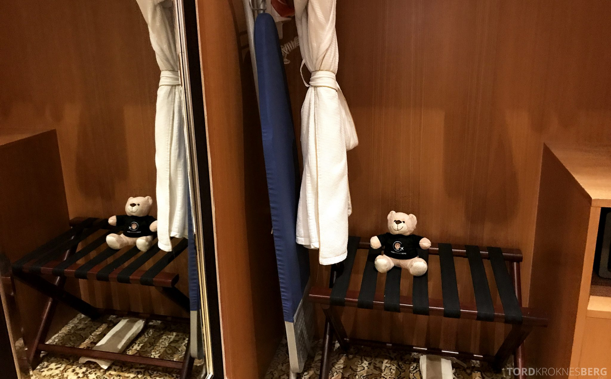 Ritz-Carlton Jakarta badekåpe